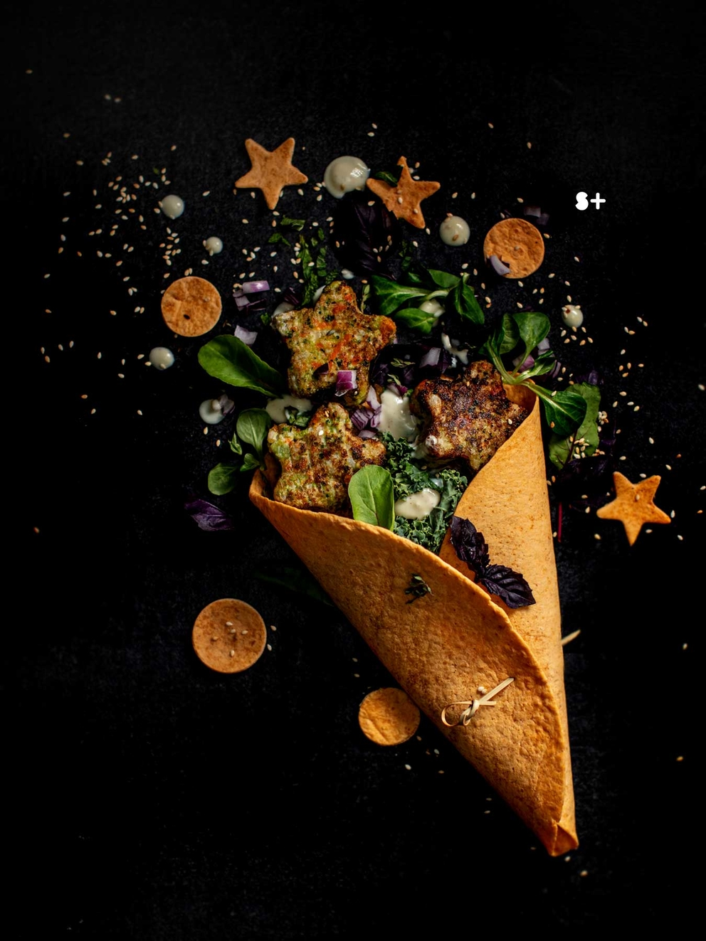 Проект Bonduelle. Идея, фуд-стайлинг, компоновка, фотосъемка композиций. Фотосъемка композиции звездных галет. Фуд-стилист, фотограф Слава Поздняков.