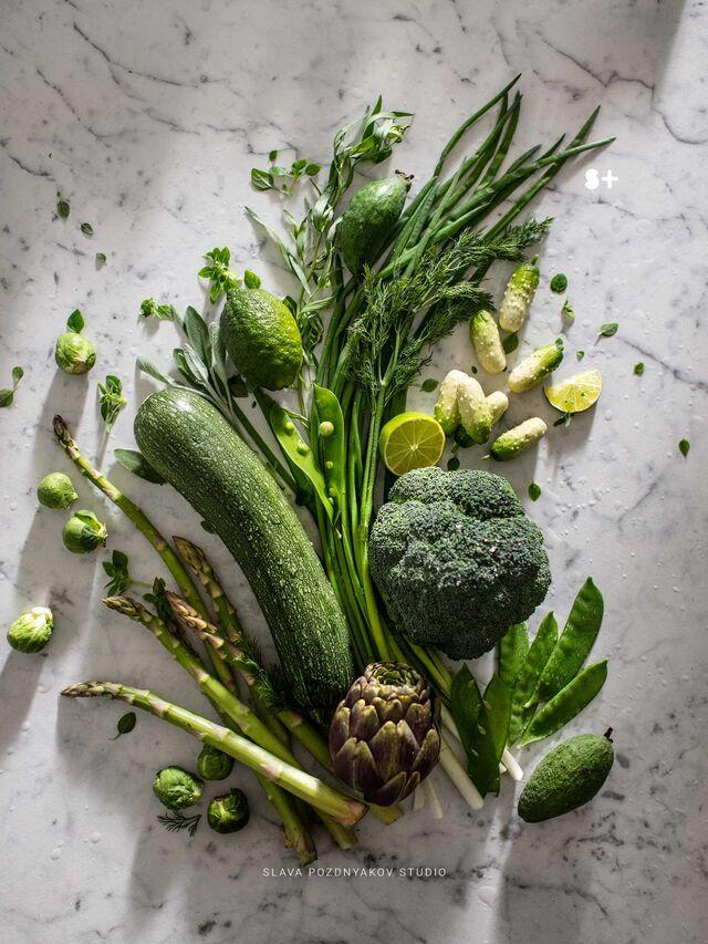 Проект Bonduelle. Идея, фуд-стайлинг, компоновка, фотосъемка композиций. Фотосъемка зеленых овощей. Фуд-стилист, фотограф Слава Поздняков.