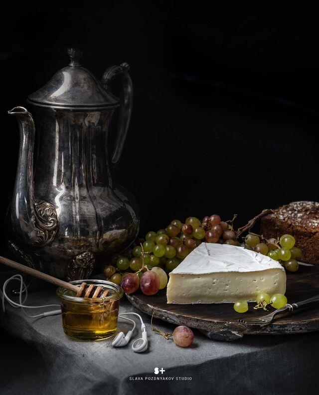 Проект Cheese Gallery. Фотосъемка сыра BRIE. Композиция сыра для Cheese Gallery. Фуд-стилист, фуд-фотограф Слава Поздняков.