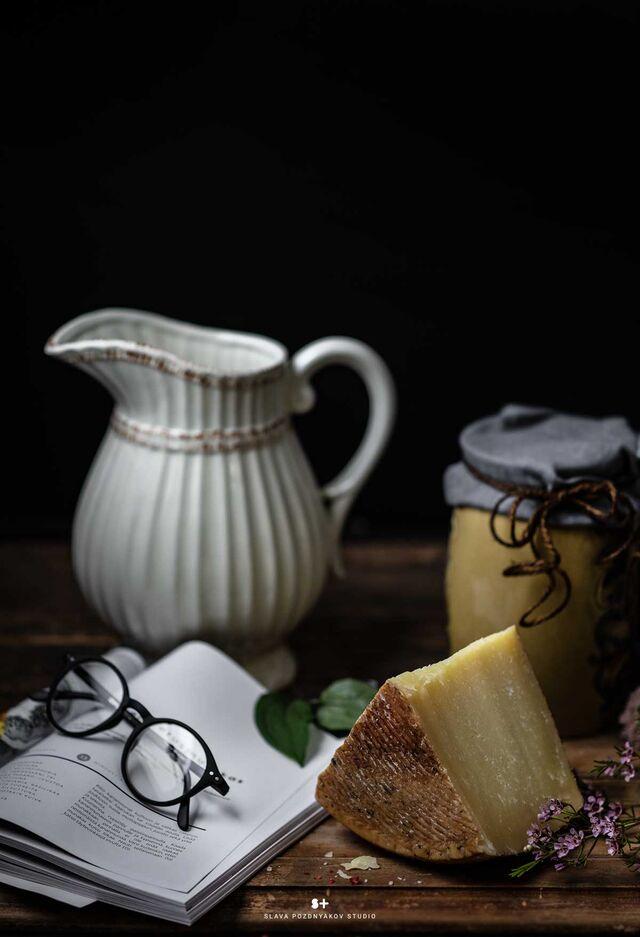 Проект Cheese Gallery. Фотосъемка композиции сыра PECORELLA. Фуд-стилист, фуд-фотограф Слава Поздняков.
