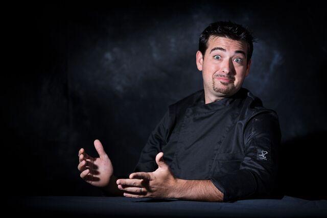 Ezekele Barbutto шеф-повар. Фотосъемка портрета для проекта Сезон Охоты. Фотограф Слава Поздняков