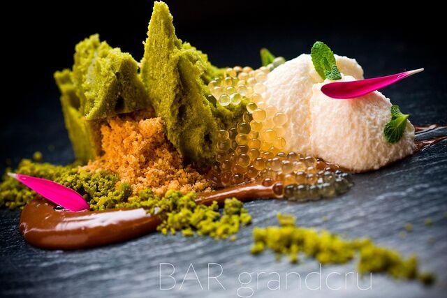 Фотосъемка блюд, десертов для ресторана Grand Cru Bar