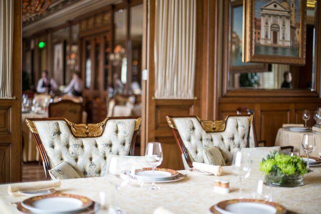 Фотосъемка деталей интерьера ресторана «Пьяцца Росса»