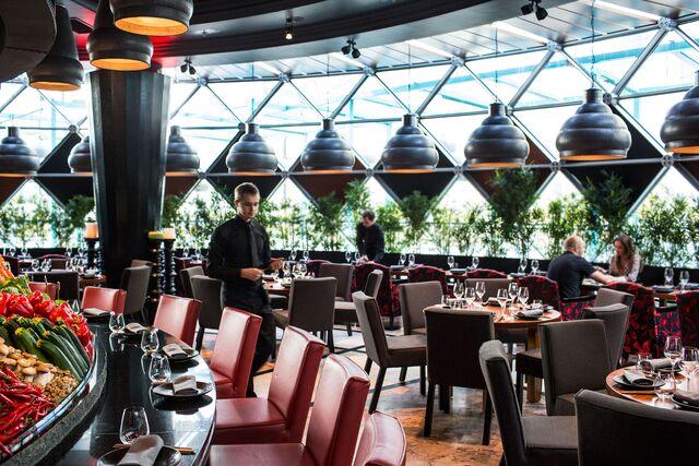 Интерьерная фотосъемка ресторана Novikov Restaurant & Bar