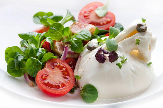 Салат с буффало. Фотосъемка для меню ресторана