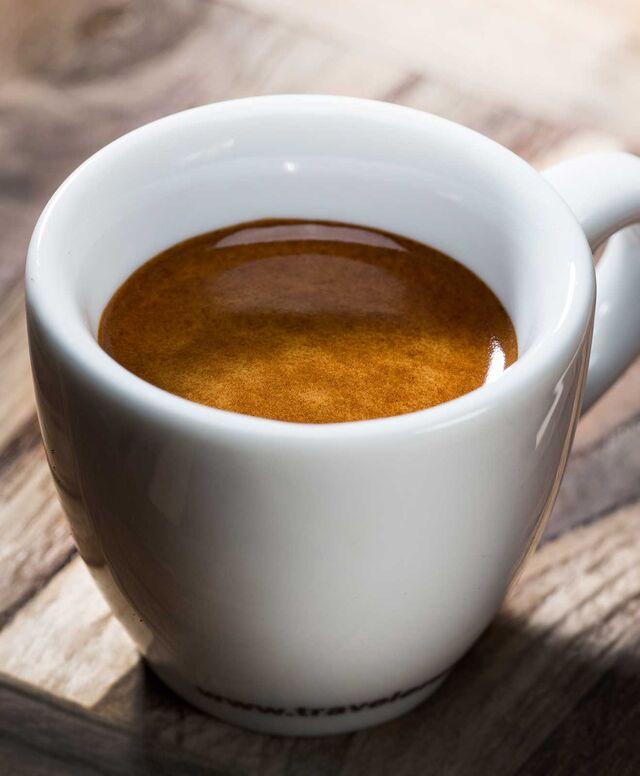 Фотосъемка кофе американо. Фотосъемка напитков. Фуд-стилист, фотограф Слава Поздняков.