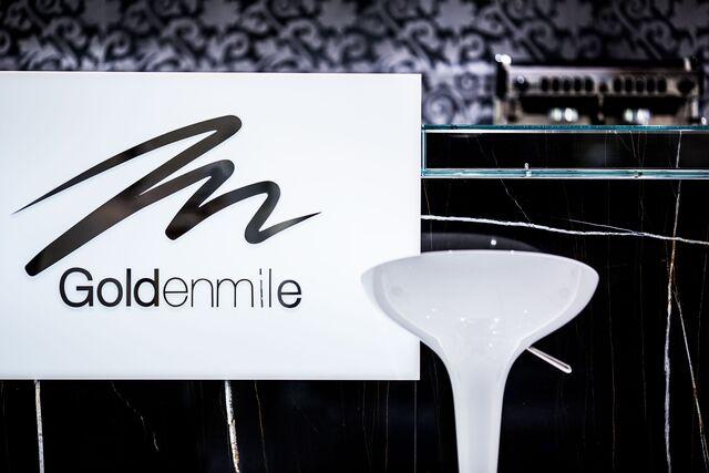Фотосъемка вывески Golden Mile, детали интерьера