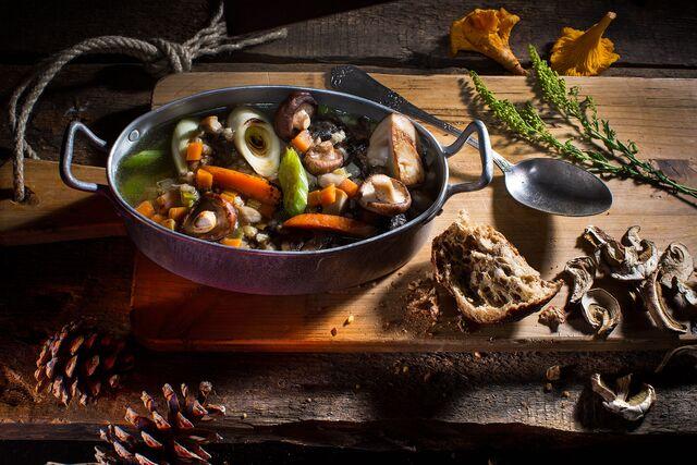 Фотосъемка грибного супа для проекта Сезон Охоты. Фуд-стилист Слава Поздняков