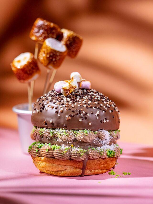 Фотосъемка айс-бургера с мороженым. Фотосъемка для кафе Чистая Линия. Фотограф и фуд-стилист Слава Поздняков.