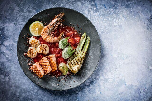 Морепродукты с фенхелем и картофелем.Фуд стилист и фотограф Слава Поздняков