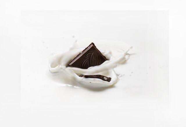 Фотосъемка шоколада Россия Щедрая Душа! Фотосъемка шоколада на упаковку. Фотосъемка упаковки. Nestle. Фуд-стайлинг, компоновка, фотосъемка шоколада. Фуд-стилист, фотограф Слава Поздняков.