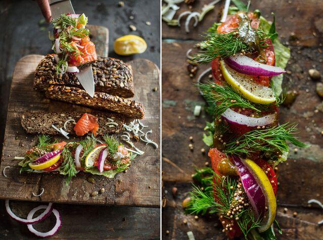 Приготовление на кухне SPACESTUDIOMOSCOW норвежского лосося с хлебом из тыквы без дрожжей. Фуд фотограф Слава Поздняков
