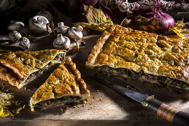 Фотосъемка пирога с уткой для проекта «Сезон охоты». Фуд-стилист Слава Поздняков