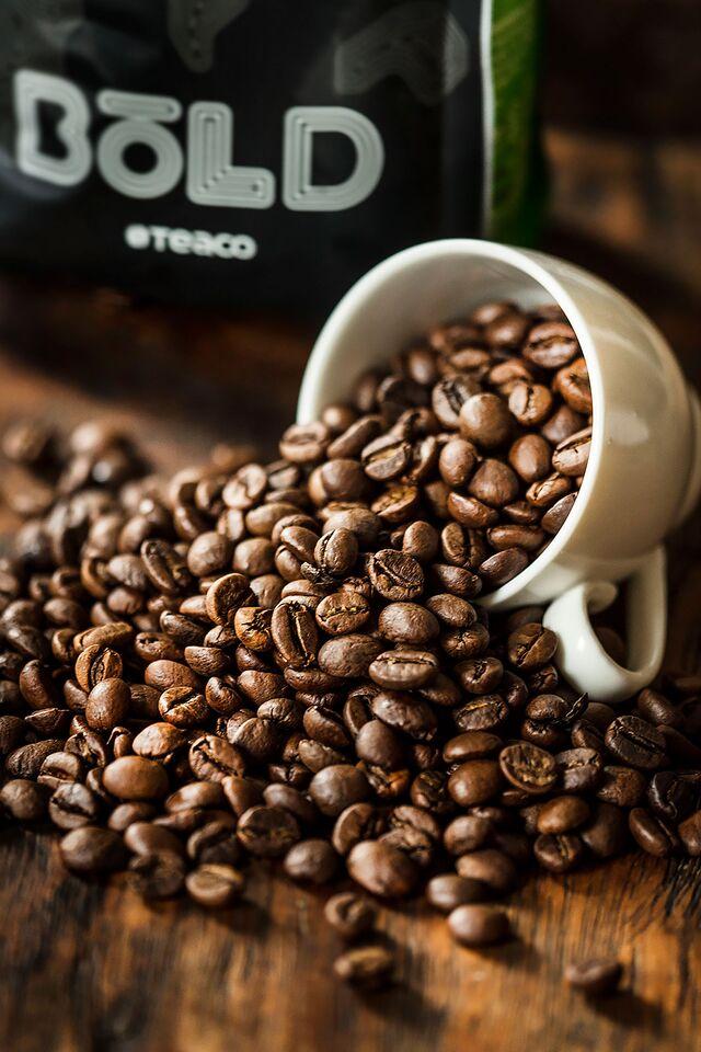 Рекламный постер кофе BOLD «Tea Co»