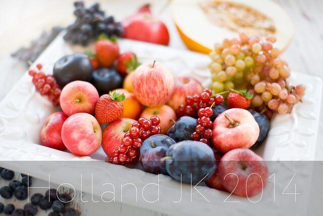 Рекламная фотосъемка фруктов для календаря. Профессиональный фотограф Слава Поздняков