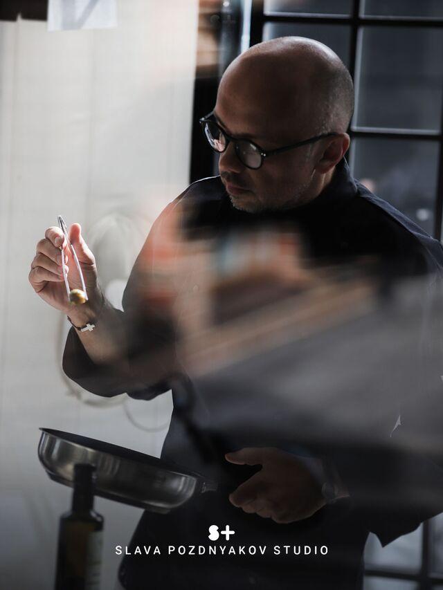 Проведение проекта в студии SLAVA POZDNYAKOV STUDIO. Фуд-стилист, фотограф Слава Поздняков.