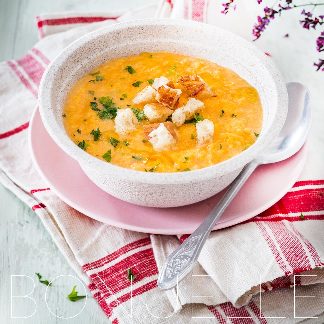 Фотосъемка супа из тыквы. Фуд-стилист и фотограф Слава Поздняков