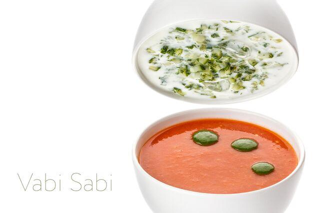 Фотосъемка супа на белом фоне для меню ресторана Ваби Саби