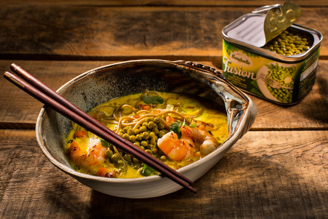 Рекламная фотосъемка супа с горошком FUSION Bonduelle. Фуд стилист и фотограф Слава Поздняков
