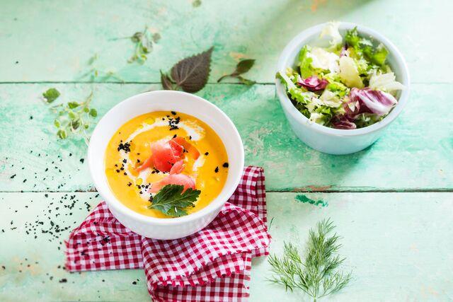 Тыквенный суп с землей от шеф-повара Павла Галковского для летнего меню Traveler's Coffee