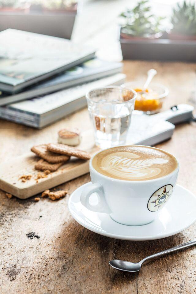 Постановочная фотосъемка кофе для меню Traveler's Сoffee. Food стилист Slava Pozdnyakov