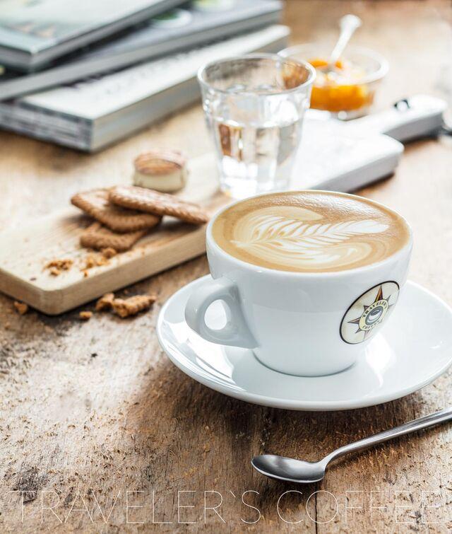 Постановочная фотосъемка кофе для Traveler's Coffee