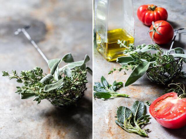 Фотосъемка овощей. Фотосъемка томат. Композиция помидоры, травы, специи. Фуд-стилист, фотограф Слава Поздняков.