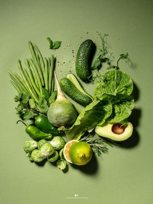 Фотосъемка зеленой композиции из овощей. Фуд-стилист и фотограф Слава Поздняков.