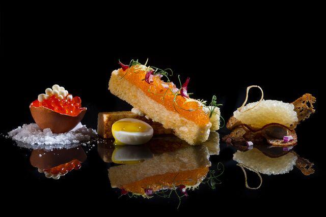 Фотосъемка закуски из икры для меню ресторана Метрополь. Фуд-стилист и фотограф Слава Поздняков